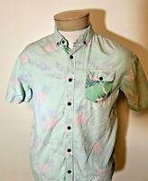Billabong Men's Short Sleeve Button Down Hawaiian Shirt Pineapples – Size SM