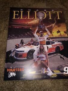 "2021  CHASE ELLIOTT #9 NASCAR CUP SERIES ""DARLINGTON THROWBACK"" HOOTERS POSTCARD"