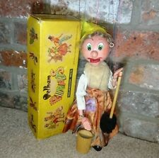 Pelham puppet SM Old Lady boxed