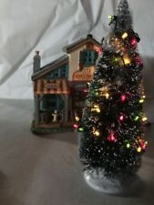LEMAX CHRISTMAS VILLAGE LIGHTED CHRISTMAS TREE, LARGE, 4.5V New
