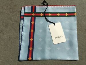 NEW Gucci Silk Pocket Square in Blue Signature Web Stripe & Iconic Bumble Bee