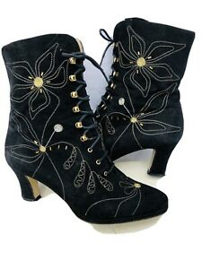 Black Bella & Ricco suede leather lace up steampunk Quirky boots size 4.5 Italia
