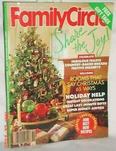FAMILY CIRCLE DECEMBER 1989 CHRISTMAS COOKIE RECIPES GIFTS DESSERTS BREADS DECOR