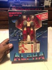 "Robotech ""ALPHA FIGHTER"" Red + Box with foam insert"