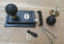 CLASSIC OLD ENGLISH RIM DOOR LOCK AND KNOB HANDLE SET- Beehive ebony + brass