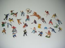 QUANTITY OF VINTAGE COWBOYS, INDIANS & HORSE Like Britains, Timpo Toys, Crescent