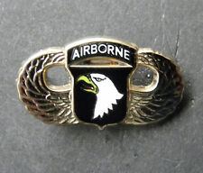 101ST ARMY AIRBORNE DIVISION WINGS GOLD COLORED LAPEL PIN BADGE 1 INCH