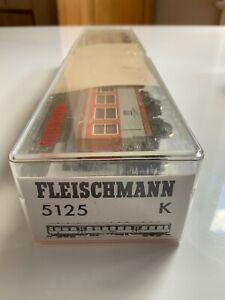 Fleischmann 5125 HO City-Bahn with lights and passengers very good