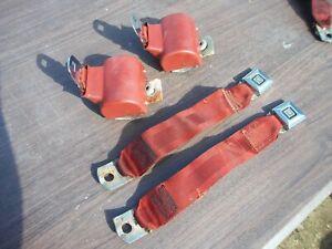 Original GM Seat Belt Buckle Seatbelt Retractor Latch Set Pair Left Right Red