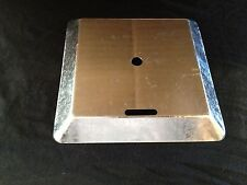 100 x 100 ANT CAP GALVANISED, 22mm SIDES, SLOT & HOLE.. 10 PCS..