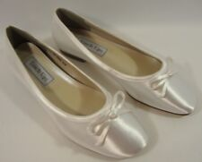 NEW Benjamin Walk Touch Ups Roslyn Flat  Bridal Dress Shoe #646M  Size: 5M