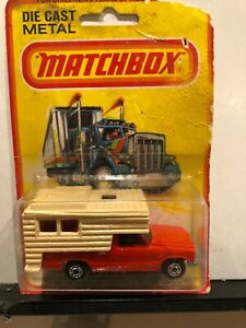 1/64 VINTAGE MATCHBOX #38 FORD CAMPER TRUCK RED AND TAN