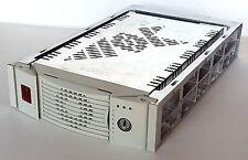 """CASSETTO ESTRAIBILE, BOX HOT SWAP PER HDD SCSI ULTRA 2 WIDE, MOBILE RACK, 5,25"""""""