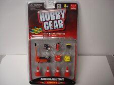 Roadside Assistance  - Hobby Gear 16052 - 1/24 & G Scale - by PHOENIX TOYS