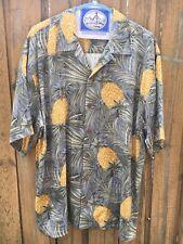 TOMMY BAHAMA Shirt Mens Medium Silk Hawaiian Shirt Pineapple