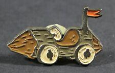 1994 Hanna Barbera The Flintstones SPORTS / SPORTY CAR pin VHTF 3.5 x 2 cm.