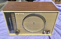 Vintage Zenith C845 High Fidelity AM/FM Table Top Tube Radio Works