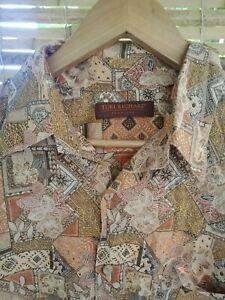 Tori Richard Men's Shirt Size L Honolulu Hawaiian Button Up Shirt Sleeve Casual