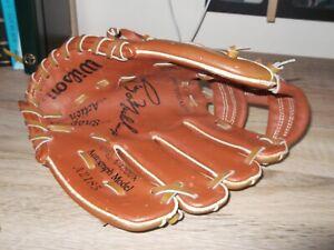 Wilson 'Greg Maddux Autograph Model' A2185 Baseball Glove