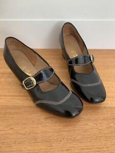 Vintage 1960s Shoes Black Patent Leather Size AU 7.5 B Mod Vtg 60s Footrest