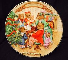 """1989 Avon Collector's Plate - """"Together for Christmas"""""""
