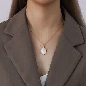 Woman 18K Gold Plated Stainless Steel Mother of Pearl Pendant Necklace Chain