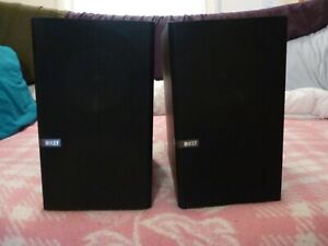 KEF Q300 Main / Stereo Speakers Dark Walnut