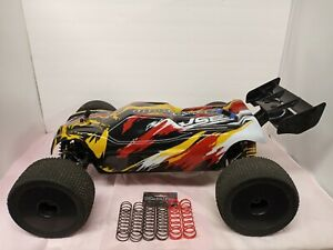Sabertooth 1/8 Brushless 4WD Truggy (Includes Electronics, no batteries)