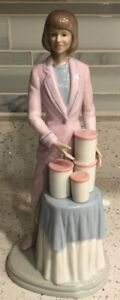 """Suzette, Series 2 From Tupperware, American Porcelain Figurine - 10""""."""