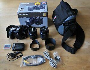 Olympus E-520 Double Zoom Kit inc. 4GB CF card and Tonino Lamborghini Camera Bag