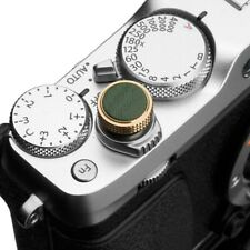Shutter release button in brass and leather in green by Gariz Design for Fuji, L