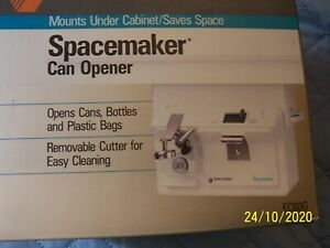 BLACK & DECKER SPACE SAVER CAN OPENER WHITE BAG CUTTER BOTTLE OPENER
