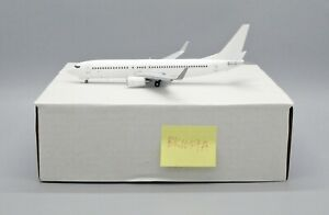 Blank B737-800 ''Flaps down Version'' Diecast Model Scale 1:200 JC Wings BK1057A