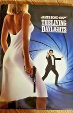 THE LIVING DAYLIGHTS 007 - Press Kit with Screening ticket(1987)
