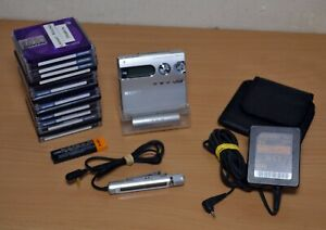 Sony Walkman Minidisc Player Recorder MZ-N910 Portable Silver TESTED & WORKING
