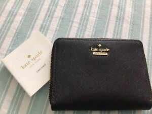 Kate Spade Leather Zip Round Purse