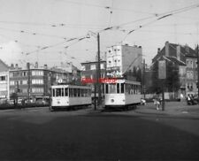 PHOTO  BELGIUM TRAMS 1959 BRUXELLES SCHAERBEEK STIB TRAM NO 1084 ON ROUTE 5  AND