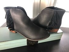 NWOB Dirty Laundry Ankle Boots Size 11 Fringe Heels Black Faux Leather Shoes