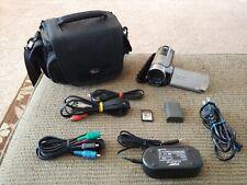 Canon VIXIA HF R100 Camcorder Video Camera  + Accessories
