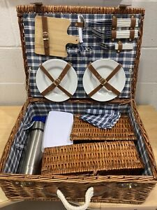 Wicker Picnic Basket with 4 Piece Set