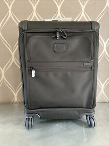 New Tumi Alpha 2 Continental Expandable 4 Wheel Carry-On MSRP $750 Style 22561D2