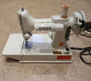 Vintage White Singer 221K Featherweight Sewing Machine with Case and Accessories