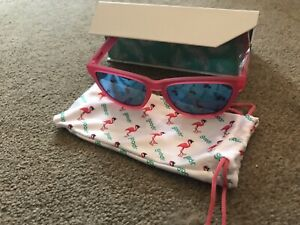 Goodr Sunglasses Flamingos On A Booze Cruise Excellent Condition
