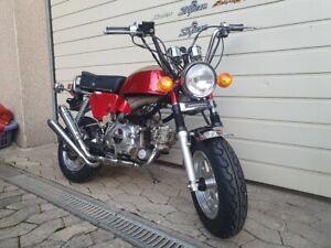 Skyteam Honda CB 750 four replika 50cc auch Harley und Kawasaki Z 900 / 1000 A1