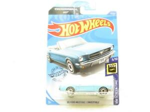 Hot Wheels 65 Ford Mustang Convertible 59/250 Long Card 1 64 Scale Sealed New