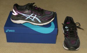 Women's Asics GT-2000 7 Running Walking Shoes 8.5 Wide D Black Skylight + Box