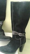 Stivali in camoscio di colore nero n.38 suola antiscivolo (-60%)