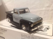 FIRST GEAR COLLECTOR CLUB #01 1953 FORD PICK-UP TRUCK #19-0006 1:34