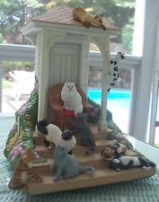 """NIB 1987 FRANKLIN MINT THE QUEEN & HER COURT CAT TABLEAU + COA Signed 10"""""""