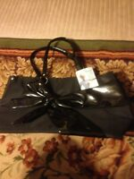 PARIS HILTON BLACK BOW BAG TOTE Cute :)...